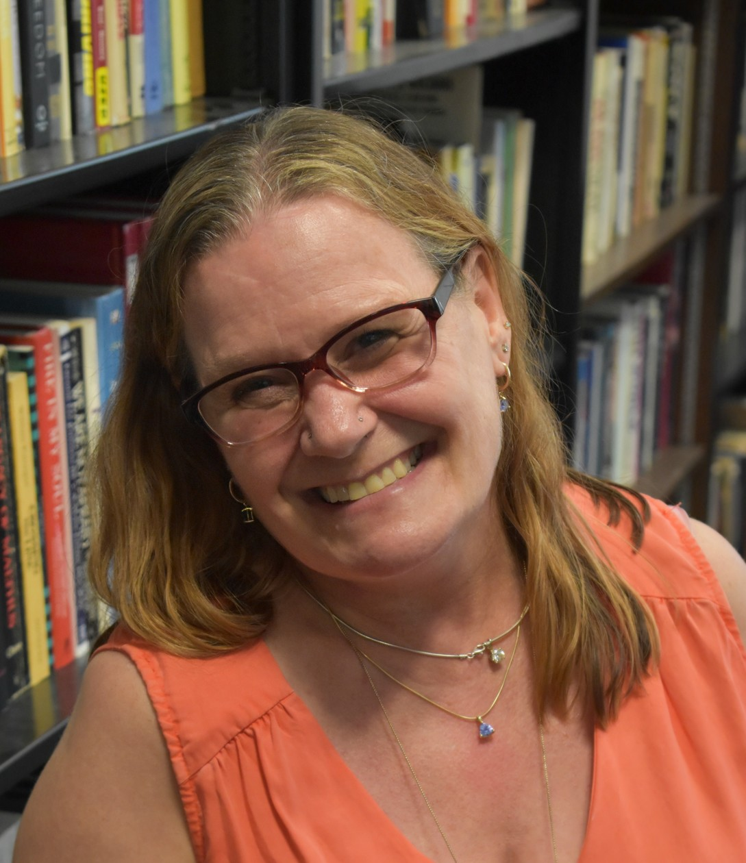 Congratulations to the 2019 SWS Distinguished Feminist Lecturer Award Winner Angela J. Hattery