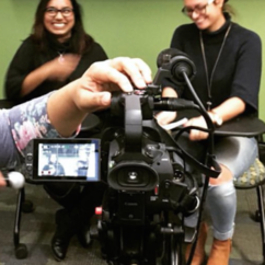 Student organization helps budding journalists step from classroom to the newsroom