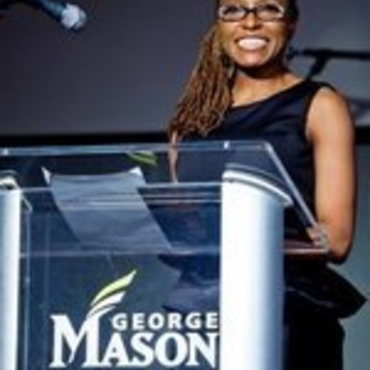 SIS Associate Professor Dr. Wendi Manuel-Scott, recipient of the 2019 Mason Teaching Excellence Award