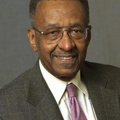 Professor of Economics Walter E. Williams visits Troy University (Alabama)
